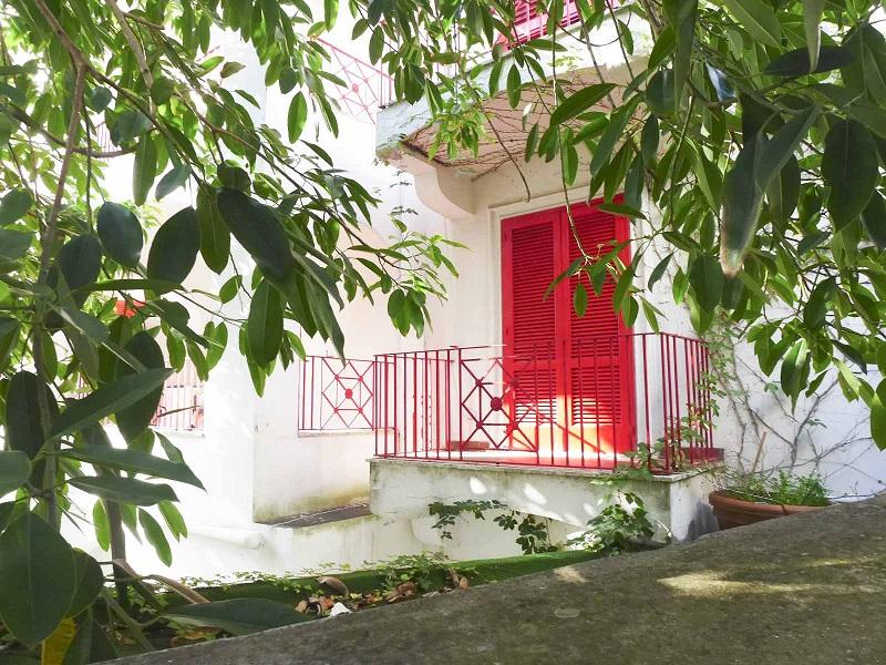 Недвижимость в Италии -- дом или квартира