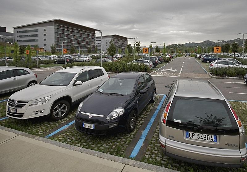 Парковка в Италии дело чаще всего платное