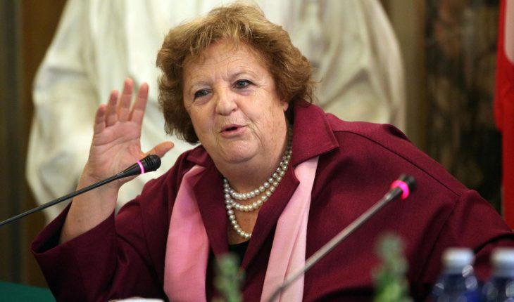 Аннамария канчельери, министр Внутренних дел Италии